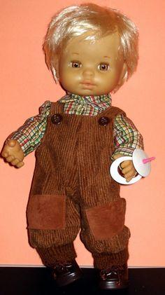 KEKAS Magazine: BABY MOCOSETE el mio tuvo ese traje. Raggedy Ann, Barbie, Old Dolls, Vintage Dolls, Baby Dolls, Childhood, Disney Princess, Magazine, Carnival