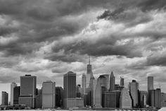 2015-04 New York City. #toptravelspot #usa #newyork #brooklyn #downtown #wallstreet #cityscape #freedomtower #locationindependent #blackandwhite #instantraveling #instatraveling #travelphotography #sonyalpha