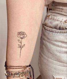 Simple Rose Tattoo, Little Rose Tattoos, Rose Tattoos For Women, Tattoos For Women Small, Mini Tattoos, Leg Tattoos, Tattos, Cool Tattoos, Thigh Script Tattoo