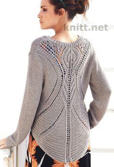 Шикарный вязаный пуловер скрывает в себе загадку, так как спереди все просто и лаконично, а вот сзади открывается приятная неожиданность - чудный ажурный узор. Вы будете в восторге от этой модели!