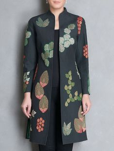 Plus size Long Sleeve Outerwear Indian Designer Outfits, Designer Dresses, Coats For Women, Jackets For Women, Types Of Jackets, Mode Mantel, Batik Fashion, Dress Indian Style, Embroidery Fashion