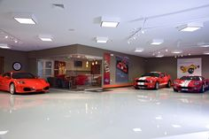 #luxuryhomes #customgarages #luxurysportscars