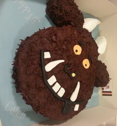the gruffalo - Damian's parties - first birthday cake-Erster Geburtstagskuchen Vegan Birthday Cake, 4th Birthday Cakes, Monster Birthday Cakes, Monster Cakes, Birthday Ideas, Monster Party, Birthday Parties, Gruffalo Party, The Gruffalo