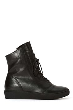 Shellys London Filene Sneaker | Shop Sneakers at Nasty Gal $150
