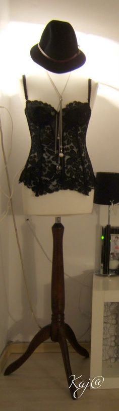mannequin lamps | Gold Cage: DIY: mannequin - lamp