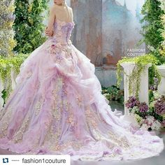 #beautiful #textures and #colours in this #weddinggown @fashion1couture with @repostapp ・・・ #weddingdresses #weddingdress #hautecouture #couture #dresses #dress #fashionshow #fashionweek #fashion  #lookbook #spring #fall #model #vogue #elle #bazaar #marieclaire #magazine #runway #runwayshow #style