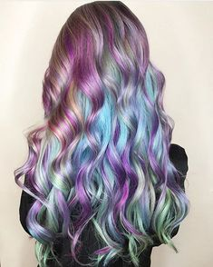 @bangbangbalayage is the artist... Pulp Riot is the paint.