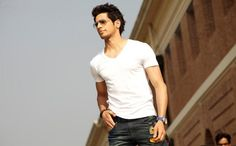 Sidharth Malhotra Handsome Wallpapers from Student of the year