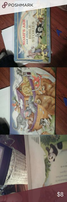 Noah's Ark Bible Stories Jigsaws Noahs Ark & other Classics Bible Studies with orig 5 ^48 piece Jigsaw Puzzles, there are 2 puzzles completely gone, 3 are left,  2003, The Five Mile Press Co., Damaged on Binder The five Mile Press Co. Other