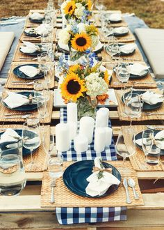 What if you want that laid-back picnic feel all year round? Place an indoor picnic table in your kitchen or dining area indoors! Table Centerpieces, Wedding Centerpieces, Wedding Table, Table Decorations, Wedding Decorations, Centerpiece Ideas, Wedding Ideas, Decor Wedding, Birthday Brunch