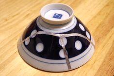 簡単な材料と技法でできる陶磁器の修復方法の紹介。
