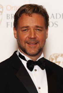 The Nice Guys - Water Diviner - Winter's Tale - Man of Steel - Broken City - Man with the Iron Fists - Les Misérables - Noah - Biografie IMDb Russell Crowe Larry Wilcox, Master And Commander, Australian Actors, British Actors, Russell Crowe, Famous Men, Famous People, Les Miserables, Hugh Jackman