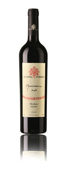 "Quimera, Achaval Ferrer. Argentina 2007 - 38% Malbec, 24% Cabernet Sauvignon, 24% Merlot, 14% Cabernet Franc. (Para leer la nota completa visitanos en la sección de ""Reviews"" de www.0054wine.com)"