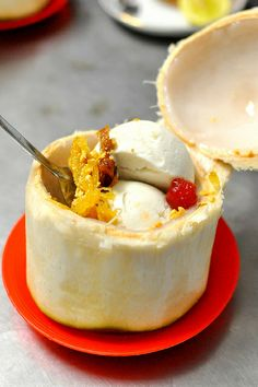 Saigon - Coconut Ice Cream at Turtle Pond | Kem Trai Dua Ho Con Rua by Cathy Chaplin | GastronomyBlog.com, via Flickr