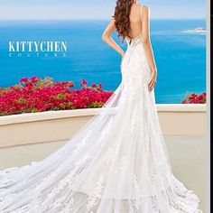 Just beautiful! Designer Kittychen Couture! Is this the one for you?  #kittychen #stunning #beautiful #designers #weddinginspiration #weddings #bridal #bridalstyle #weddingdresses #bridalbeauty #weddingideas #ideas #bridetobe #wifetobe #weddinggown #weddinggoals #luxury #luxurydress #style #exquisite #bridals #dreamdress http://gelinshop.com/ipost/1518684390019821548/?code=BUTc2gJD-_s