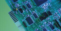 Mi computadora no puede identificar el dispositivo PCI. Las ranuras PCI (Peripheral Component Interconnect) están disponibles en las placas base de computadoras para su uso con tarjetas de sonido, tarjetas gráficas y otros dispositivos. Para que estos dispositivos funcionen con el sistema operativo de tu computadora, los controladores deben estar instalados. Si el equipo está teniendo problemas para ...