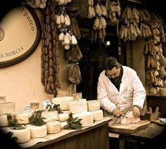 "Italy has always been a synonym for ""good food,"" offering an unmistakable explosion of flavors, scents, and aromas ask for our enogastronomic tours!  www.italytravelandwedding.ie Event Organiser, Event Organization, Italy Wedding, Our Wedding, Religious Wedding, Italy Food, Domestic Flights, Resort Villa, Lush Garden"