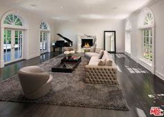 820 N WHITTIER DRIVE, BEVERLY HILLS, CA 90210 — Real Estate California