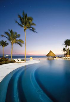 Grand Velas All Suites & Spa Resort infinity pool in Mexico.