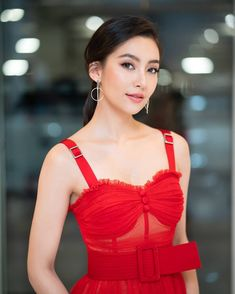 Image may contain: one or more people Prity Girl, Chinese Actress, Beauty Full Girl, Ms Gs, Beautiful Actresses, Most Beautiful Women, Girl Crushes, Asian Beauty, Asian Girl