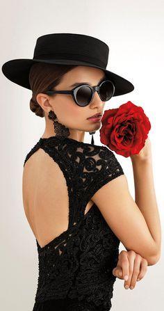 I sense bursting into spontaneous flamenco around the corner Spanish Fashion, Spanish Style, Winter Girl, Stil Inspiration, Prom Dress 2014, Dresses 2013, Cheap Dresses, Homecoming Dresses, Party Dresses