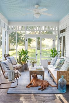 This Family Found Home in a 1907 Farmhouse in Brenham, Texas Marie Flanigan Interiors renovates 1907 Screened Porch Decorating, Screened Porch Designs, Screened In Patio, Porch And Patio, Home Porch, Screen For Porch, Farm House Porch, Porch To Sunroom, Screened Porch Doors