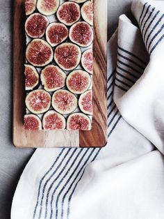 Raw Coconut + Fig Slice//