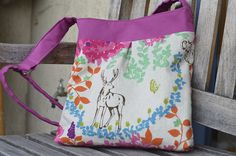 Echino Bag Deer with pink handles using an Ikea fabric