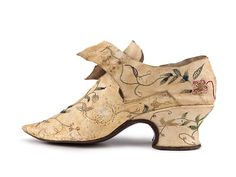 Lady's kid leather shoes with low Louis heels, decorated with color thread embroidery. 1770s