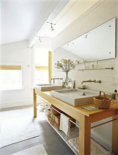 master bathroom... like everything except the sinks they don't match the color tones