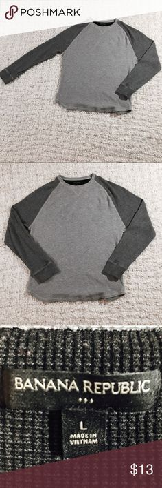 Banana Republic Long Sleeve Grey Sweater This Banana Republic Long Sleeve sweater is in excellent condition.  No rips, no tears, no stains  Pet free/ Smoke free home  Measurements laying Flat:  Length- 28.5 inches  Armpit to cuff length- 18.5 inches                                        Armpit to armpit- 21.5 inches  Thanks for looking.  Please take a look at my other items. Banana Republic Sweaters Crewneck