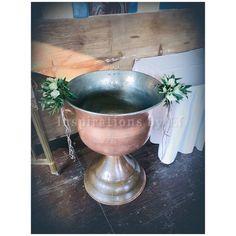 Στολισμός γάμου με ελιά και λευκό τριαντάφυλλο...Wedding decoration...olive & rose.... Κορμοί κ γήινα χρώματα... weddind decoration details...λαμπάδες γάμου κορμοί... Serving Bowls, Tableware, Dinnerware, Tablewares, Dishes, Place Settings, Mixing Bowls, Bowls