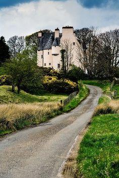 Barcaldine Castle, Oban, Scotland  photo via kristine