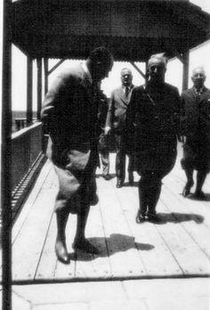 Atatürk, Kılıç Ali, Salih Bozok, İsmet İnönü. ⚓