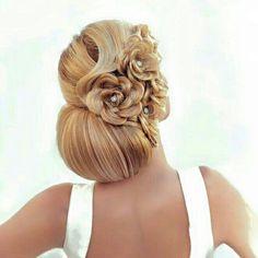 Nuestro facebook: peluquería y estética hermanas cano. ¡INCREIBLE recogido!
