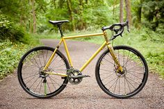 Daily Bike: A machine that combines the best of a mountain bike and best of a cyclocross ride. http://adv-jour.nl/TtqgRe
