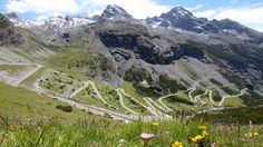 Traumhaftes Panorama für Motorradtouren in Tirol Mount Everest, Mountains, Nature, Travel, Eagles, Paradise, Vacation, Naturaleza, Viajes
