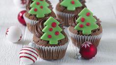 Čokoládové cupcakes s lesklým čokoládovým krémom Čokoládové Cupcakes, Red Velvet Cupcakes, Cream Cheese Frosting, Gingerbread Cookies, Sugar, Desserts, Food, Gingerbread Cupcakes, Tailgate Desserts