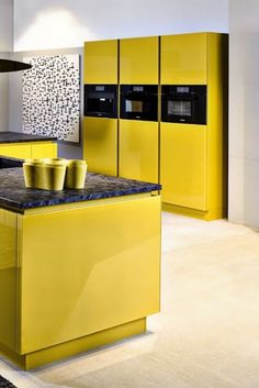 Awesome yellow kitchen knife set just on kennyslandscaping.com Interior Design Images, Interior Design Kitchen, Interior Design Inspiration, Interior Decorating, Design Ideas, Interior Ideas, Decorating Tips, Yellow Kitchen Decor, Kitchen Cabinet Colors