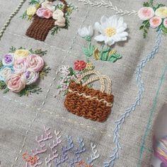 """25 Likes, 2 Comments - 프랑스자수.한땀 한땀 설렘과 평온함. (@embroidery_flower) on Instagram: """"스티치북#프랑스자수 #자수스티치북 #embroidery#needlework #handembroidery #stiching"""""""