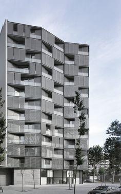 OAB – Ferrater & Asociados, Aleix Bagué · Edificio de 68 viviendas, locales comerciales y aparcamientos · Divisare