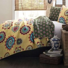 Full / Queen Yellow Green Blue Paisley Geometric 100% Cotton 3 Piece Quilt Coverlet Bedspread Set