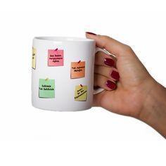 Sevgilinizle birbirinize kullandığınız romantik yahut komik anahtar kelimeleriniz vardır mutlaka.. Güne merhaba derken kahve içmeden yapamayan sevgiliniz, üzerine dilediğiniz notu yazdırabileceğiniz bu kupa bardaktan bir şeyler yudumladığında, notlarınızla çok daha mutlu olacak.. Ürün detayları için: http://www.buldumbuldum.com/hediye/kisiye_ozel_notlu_kupa_bardak/