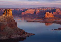 Lake Powell -- From: A Southwest Honeymoon Road Trip — Sedona to Las Vegas | The Knot Blog
