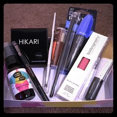 Make up bundle pack Make up bundle kit 1 Revlon volume mascara, one Inspr eyeshadow brush, one IT eyeshadow brush, one shimmer bronzer, one water proof eyeliner, one bodyography lipgloss, one Eco lip balm, one bare minerals brush, and one makeup remover spray! Makeup