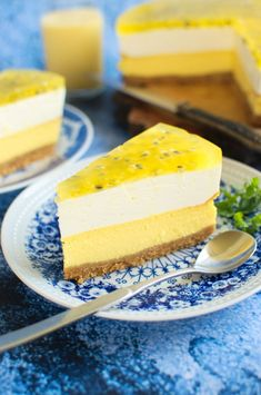 Sernik mango z pianką i marakują Candy Recipes, Cookie Recipes, Dessert Recipes, Cheesecake, Keto Fruit, No Bake Cake, Bakery, Mango, Deserts