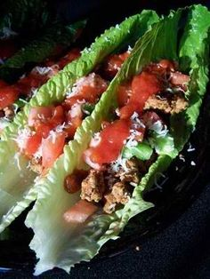 Weight watchers Taco lettuce wraps...that looks so good! :).