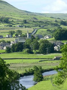 River Ure at Hawes, Wensleydale, Yorkshire..Photo by David Armitage..