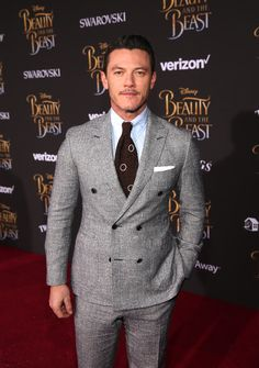"""Luke Evans Photos Photos - Actor Luke Evans arrives for the world premiere of Disney's live-action """"Beauty and the Beast"""" at the El Capitan Theatre in Hollywood as the cast and filmmakers continue their worldwide publicity tour on March 2, 2017 in Los Angeles, California. - The World Premiere Of Disney's Live-Action 'Beauty And The Beast'"""