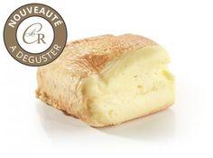 Le Maroilles : Il fait parti des fromages les plus atypiques, avec son odeur caractéristique et sa surprenante douceur en bouche. Découvrez vite ce fromage atypique !